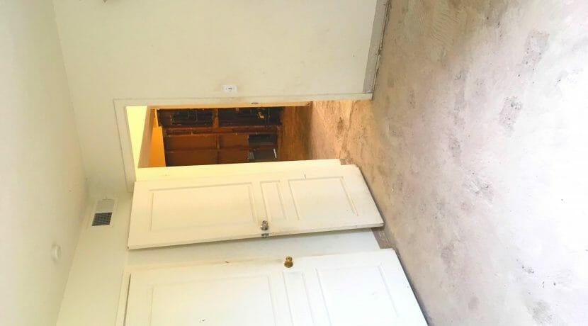 1835 E Whitton Ave