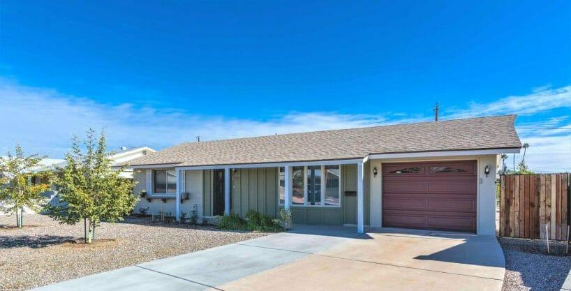 10131 W Palmer Dr, Sun City, AZ 85351