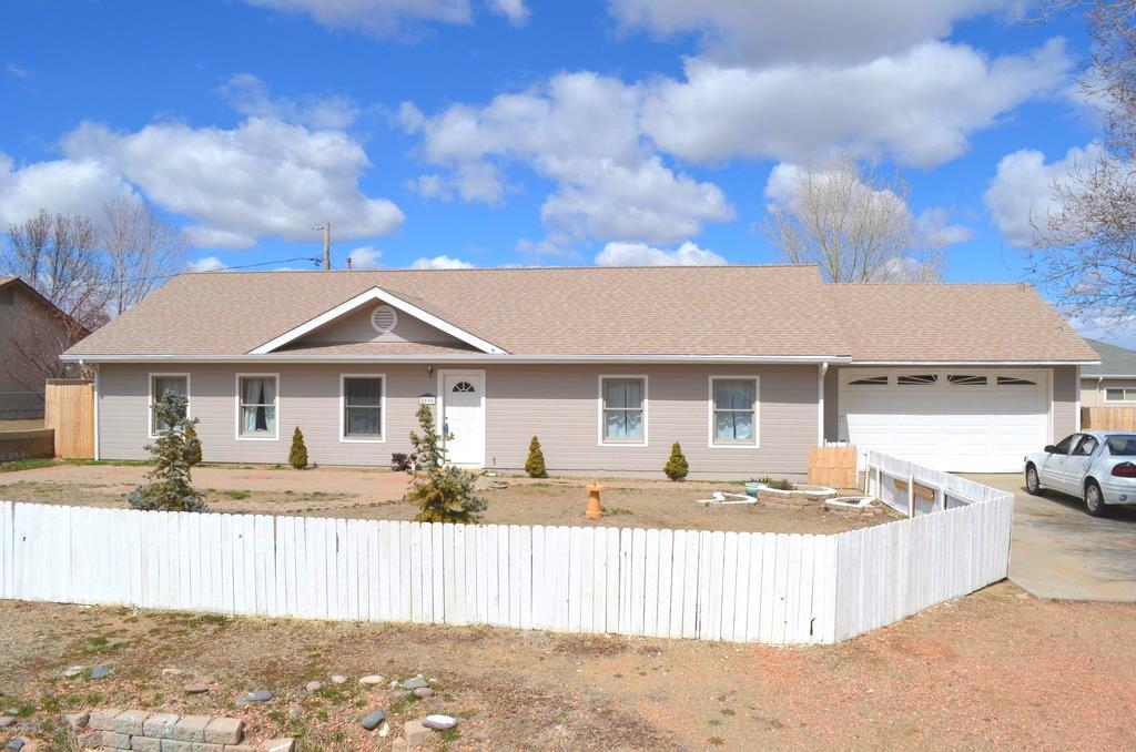 8696 E Apache Dr, Prescott Valley, AZ 86314