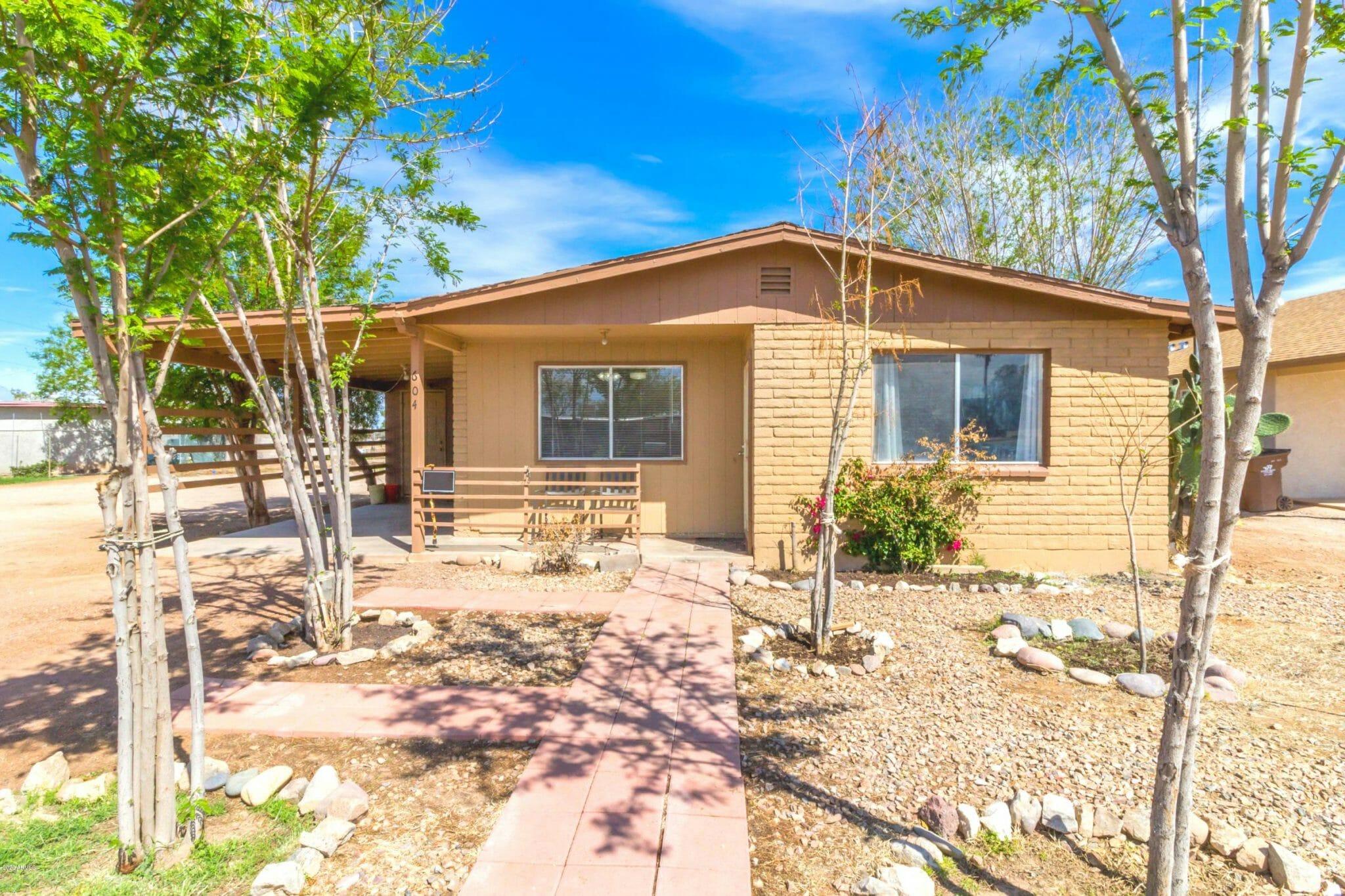 604 W 10th St, Eloy, AZ 85131