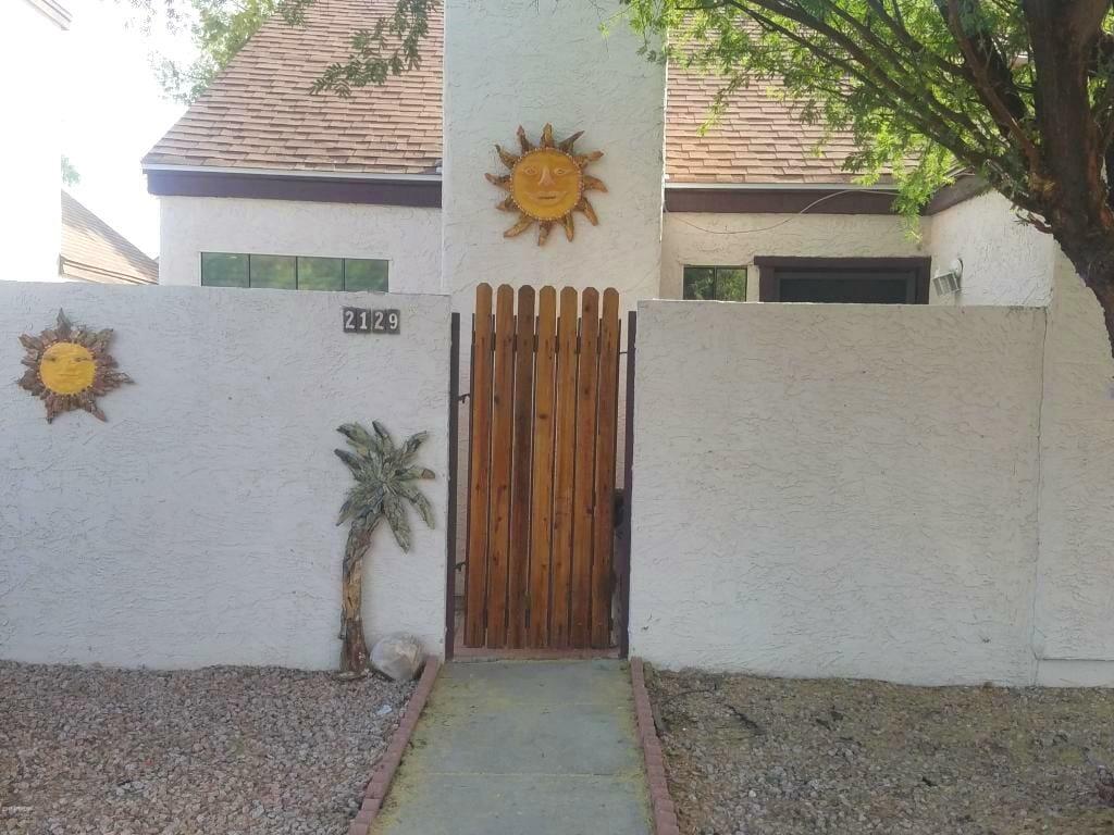2129 W Rose Garden Ln, Phoenix, AZ 85027
