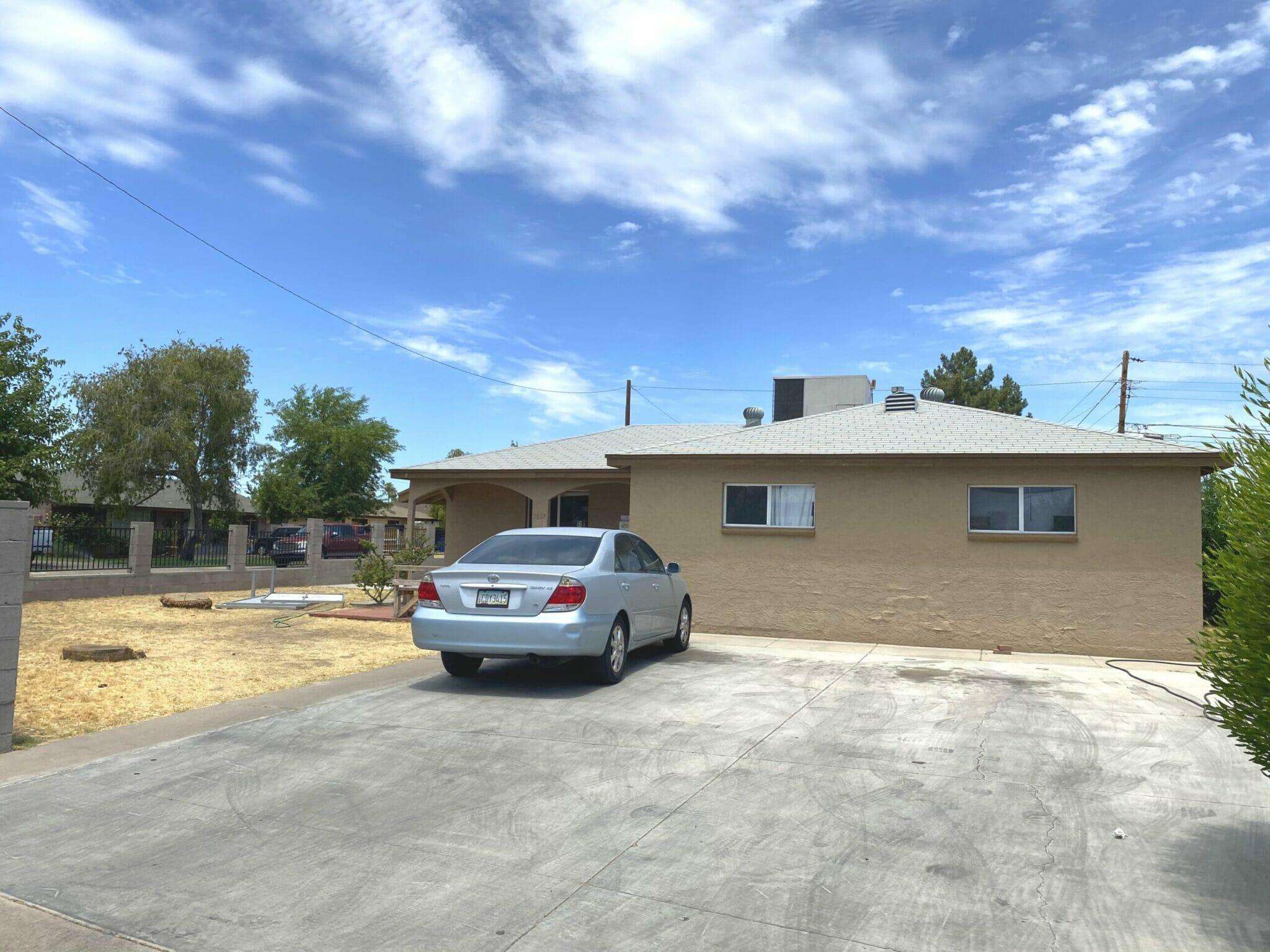 2818 W Minnezona Ave, Phoenix, AZ 85017