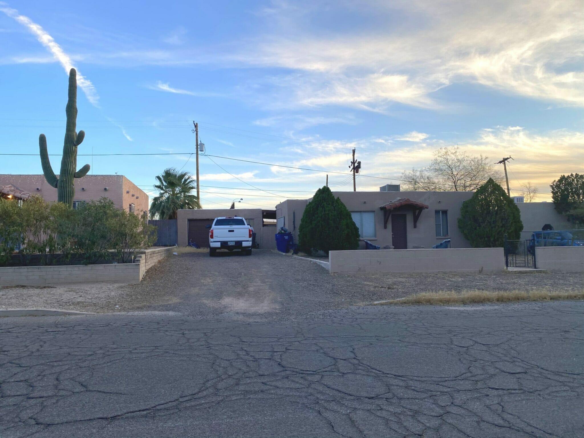 4044 E Dryden Ln, Tucson, AZ 85712